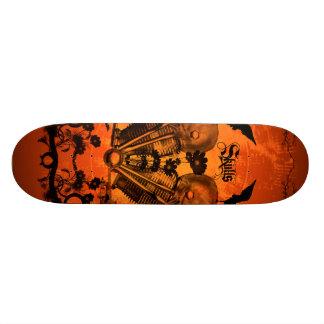 Amazing mechanical skull skateboard