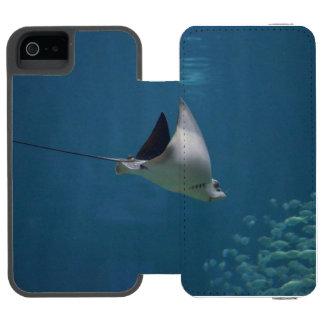 Amazing Stingray Incipio Watson™ iPhone 5 Wallet Case