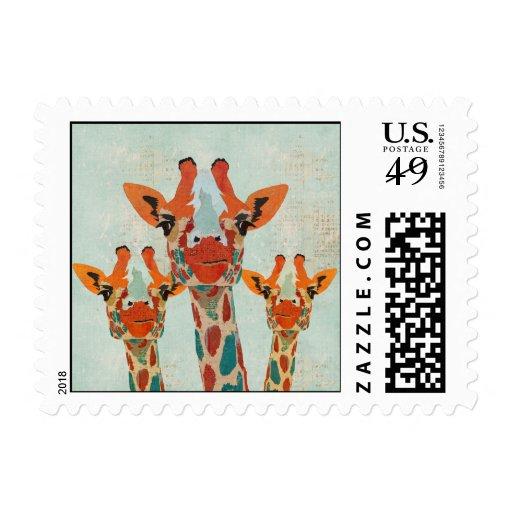 Ámbar que mira a escondidas el sello de las jirafa