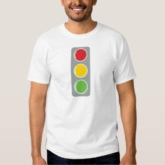 Ámbar verde rojo de los semáforos poleras