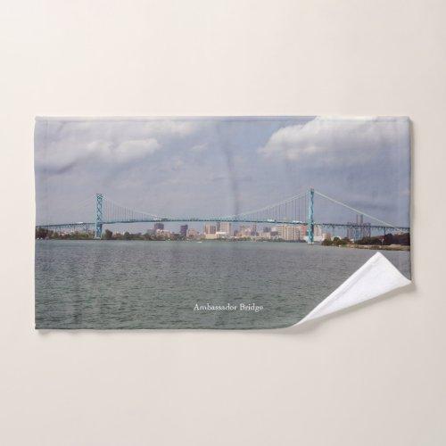 Ambassador Bridge towel set