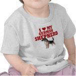 Ame (corazón) mi perro de pastor alemán camisetas