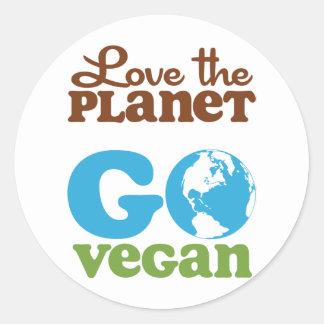 Ame el planeta van vegano pegatina redonda