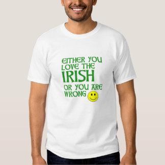 Ame la camiseta irlandesa playera