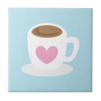 AME la taza de café del CAFÉ con un corazón del am Azulejo Cuadrado Pequeño
