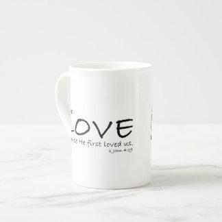 Ame la taza de la especialidad (de 1 4:19 de Juan) Taza De Porcelana