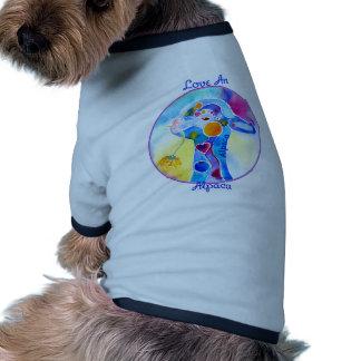 Ame las púrpuras y los azules de una camiseta de l camiseta de mascota