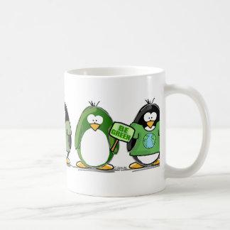 Ame los pingüinos de la tierra tazas