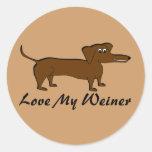 Ame mis regalos y ropa del perro de Weiner Pegatina Redonda