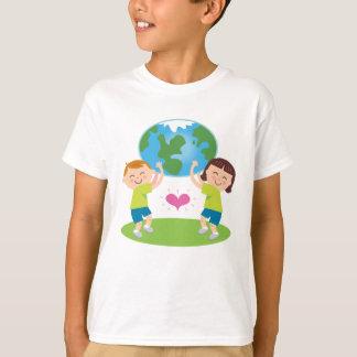 Ame nuestras camisetas de la tierra para los niños
