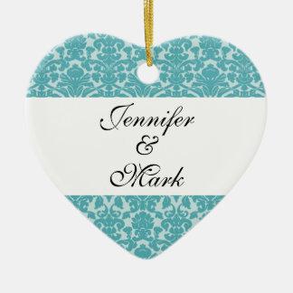 Ame para siempre la forma azul del corazón del adorno navideño de cerámica en forma de corazón