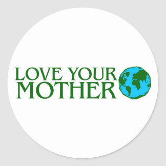 Ame su madre tierra pegatina redonda
