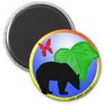 Ame su oso y mariposa de la tierra iman de frigorífico