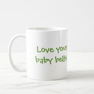 Ame su vientre del bebé taza de café