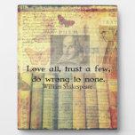Ame todos, confíe en algunos, perjudique a ninguno placas de madera