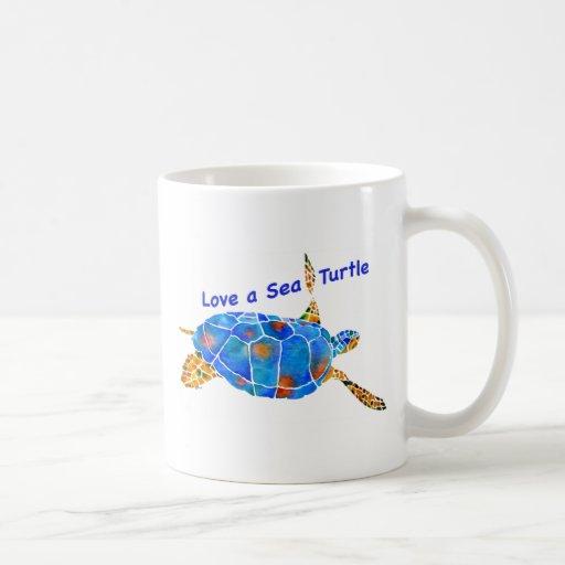 Ame una taza de café de la tortuga de mar
