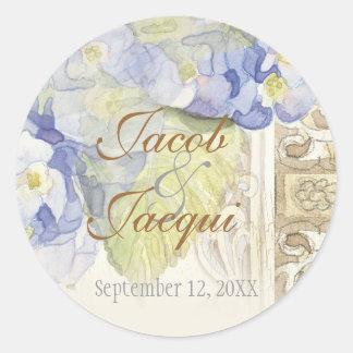 Ame y acaricie el boda floral del Hydrangea azul Pegatina Redonda