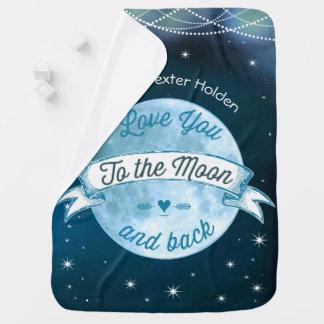 Ámele a la luna y al bebé trasero del hombre de mantas de bebé