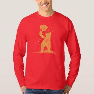 Ámele California--Rojo y oro Playeras