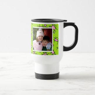 Ámele la taza de la mamá, rosada y verde de la fot