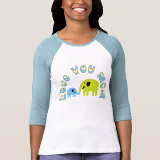 Ámele las camisetas de la mamá