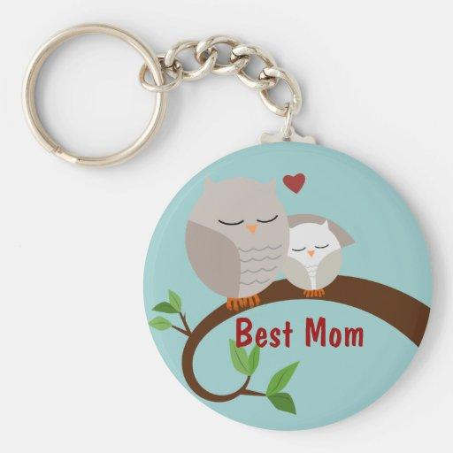 Ámele los búhos Brown de la mamá y del bebé Llavero Redondo Tipo Pin