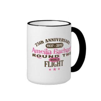 Amelia Earhart aniversario de 75 años Taza De Dos Colores