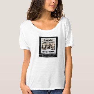 AMERICA: Geniuses vs Idiots T-Shirt