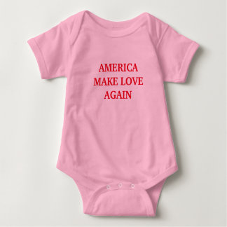 AMERICA MAKE LOVE AGAIN ™ TEE SHIRT