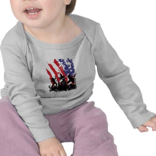 América oscila - la bandera punky de los E.E.U.U. Camisetas