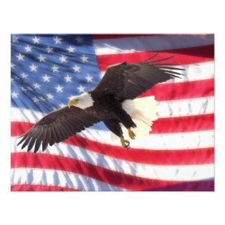 American Eagle y invitación de la bandera american