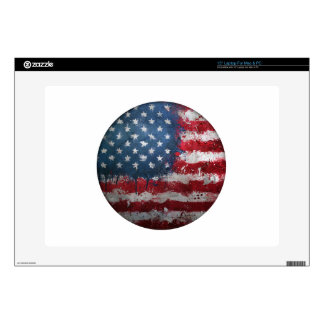 """American Flag Grungy Button 15"""" Laptop Skin"""