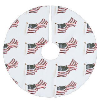 American Flag with Crosses Brushed Polyester Tree Skirt