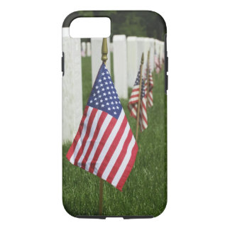 American flags on tombs of American Veterans on 2 iPhone 8/7 Case