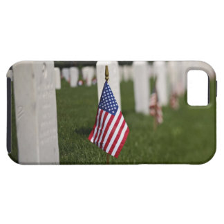 American flags on tombs of American Veterans on iPhone SE/5/5s Case