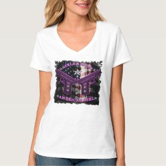 American Girls love guns and diamonds Tee Shirt