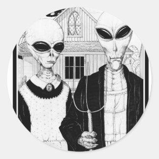 American Gothic, Alien Portraits, Aliens Classic Round Sticker