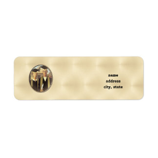 American Gothic Graduation Cameo on Gold Sheen Label