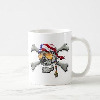 American Pirate Scull and Bones Mug