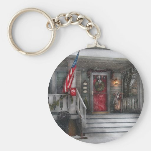 Americana - A Tribute to Rockwell Basic Round Button Keychain