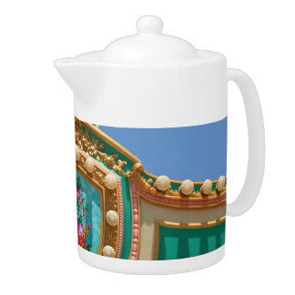 Americana - Amusement decor Teapot