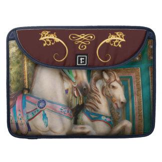 Americana - Carousel beauties Sleeve For MacBooks