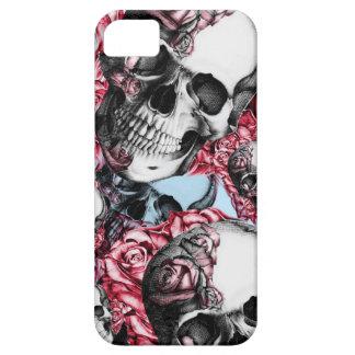Americana Multi rose skull pattern. iPhone SE/5/5s Case