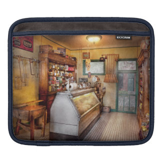 Americana - Store - At the local grocers iPad Sleeve