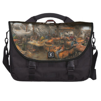 Americana - The creation of Liberty - 1882 Commuter Bag
