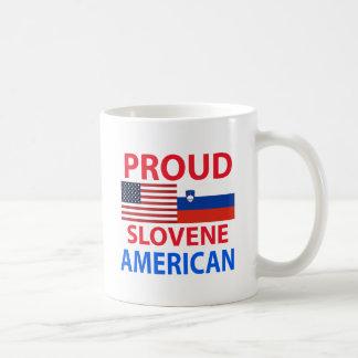 Americano esloveno orgulloso taza básica blanca