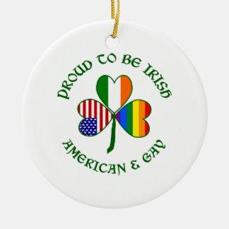 Americano irlandés y gay orgullosos adorno de navidad