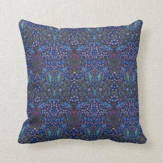 Americano modelado William Morris azul de Nouveau Cojín