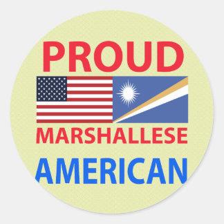 Americano orgulloso de Marshallese Pegatina Redonda