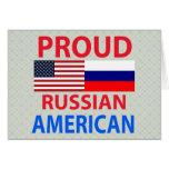 Americano ruso orgulloso tarjetón